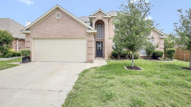 Photo 1 of 26 - 6728 Trilobite Trl, Fort Worth, TX 76137