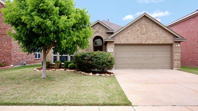 Photo 1 of 27 - 4220 Bridgestone Dr, Fort Worth, TX 76123
