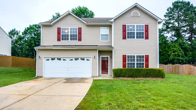 Photo 1 of 29 - 508 Blooming Meadows Rd, Holly Springs, NC 27540