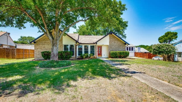 Photo 1 of 27 - 1730 Fern Ct, Lewisville, TX 75067