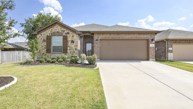 Photo 1 of 25 - 1108 Doe Meadow Dr, Burleson, TX 76028