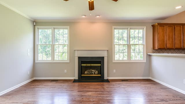Photo 1 of 20 - 11905 Sycamore Grove Ln, Raleigh, NC 27614