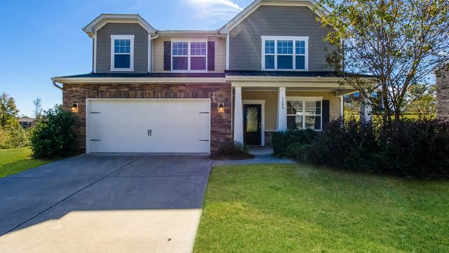 Photo 1 of 25 - 3208 Wicklow Ln, Gastonia, NC 28056