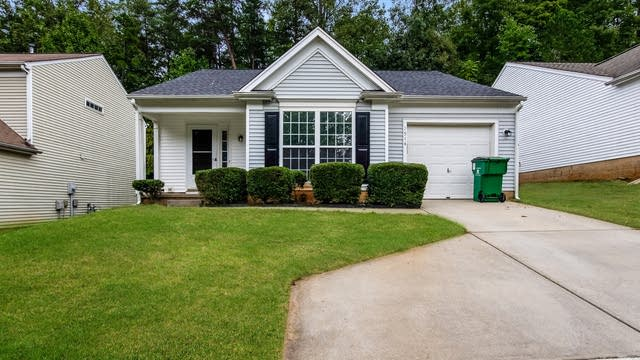 Photo 1 of 25 - 1514 Rumstone Ln, Charlotte, NC 28262