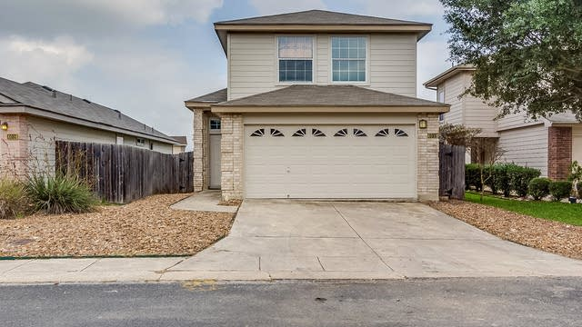Photo 1 of 16 - 4012 Desert Cir, San Antonio, TX 78244