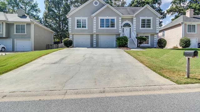 Photo 1 of 19 - 4925 Baker Plantation Way, Acworth, GA 30101