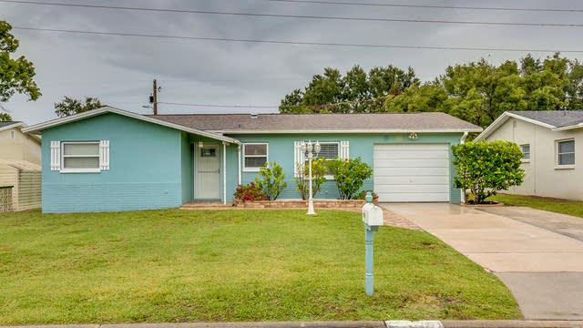 Photo 1 of 10 - 29919 69th St N, Clearwater, FL 33761
