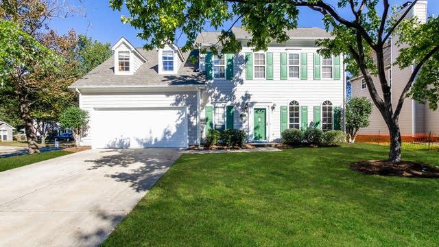 Photo 1 of 25 - 12303 Homestead Pl, Charlotte, NC 28277
