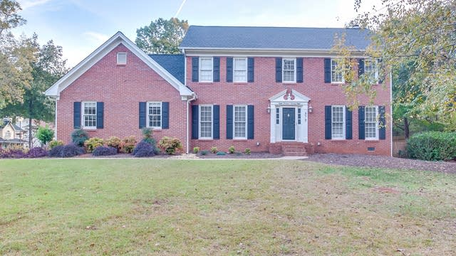 Photo 1 of 25 - 878 Yarmouth Ct, Lawrenceville, GA 30044