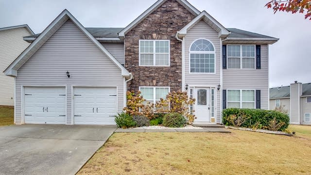 Photo 1 of 22 - 4956 Bottle Brush Ct, Snellville, GA 30039