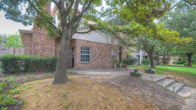 Photo 1 of 21 - 1408 Scott Ct, Irving, TX 75060