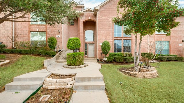 Photo 1 of 26 - 1745 Massey Dr, Lewisville, TX 75067
