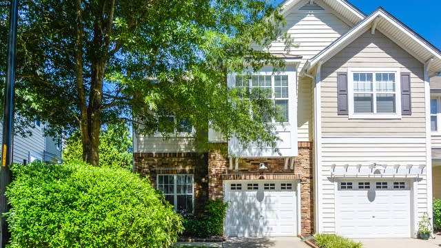 Photo 1 of 22 - 5040 Amber Clay Ln, Raleigh, NC 27612