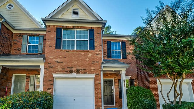 Photo 1 of 13 - 3878 Pleasant Oaks Dr, Lawrenceville, GA 30044