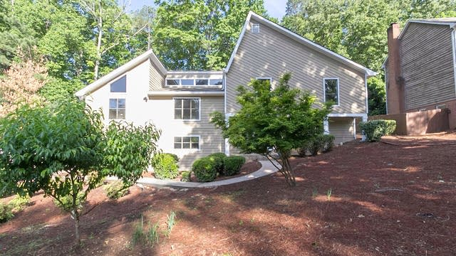 Photo 1 of 27 - 3421 Johnson Ferry Rd NE, Roswell, GA 30075