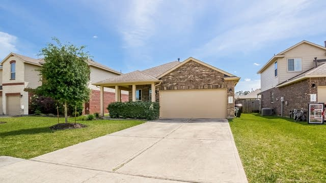 Photo 1 of 25 - 22579 Valley Canyon Ln, Porter, TX 77365