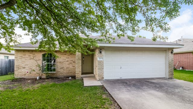 Photo 1 of 24 - 2603 Northlawn Dr, Taylor, TX 76574