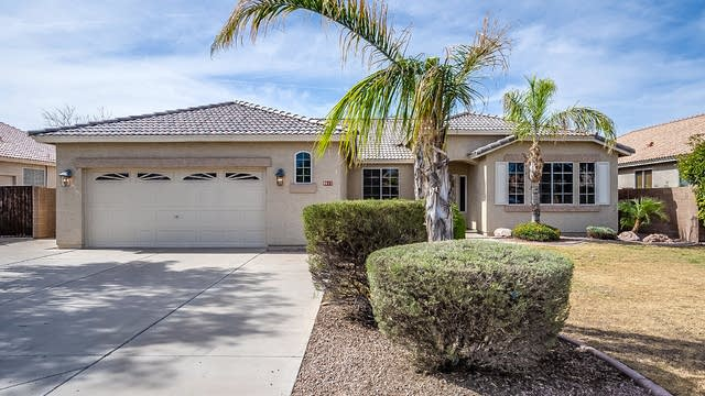 Photo 1 of 33 - 8611 W Canterbury Dr, Peoria, AZ 85345