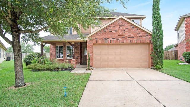 Photo 1 of 16 - 13838 Greyfield Ln, Houston, TX 77047