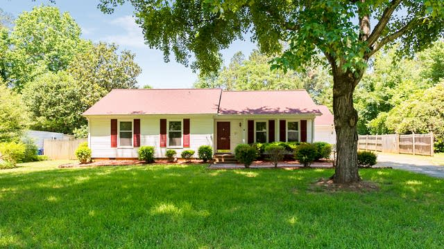 Photo 1 of 15 - 7733 Davis Rd, Charlotte, NC 28227