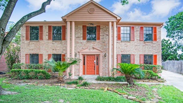 Photo 1 of 16 - 4422 Heathfield Dr, Pasadena, TX 77505