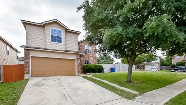 Photo 1 of 25 - 7111 Hallie Pl, San Antonio, TX 78227