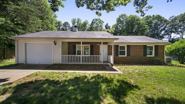 Photo 1 of 18 - 105 Partridge Hill Ln, Statesville, NC 28625