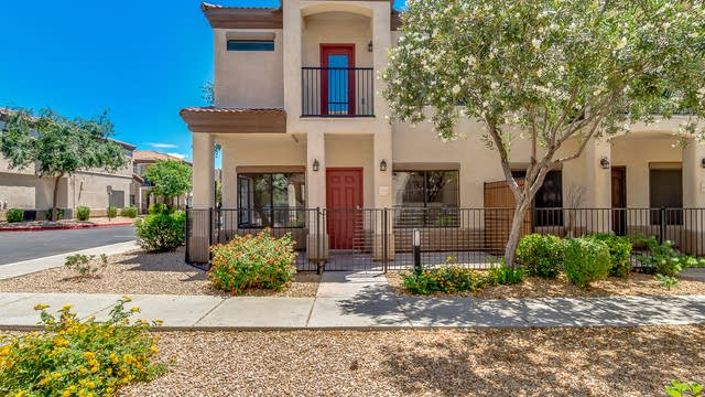 Photo 1 of 26 - 3150 E Beardsley Rd #1030, Phoenix, AZ 85050