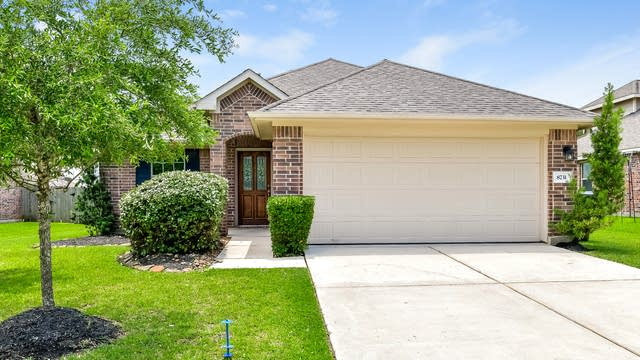 Photo 1 of 25 - 8731 Sunny Gallop Dr, Tomball, TX 77375