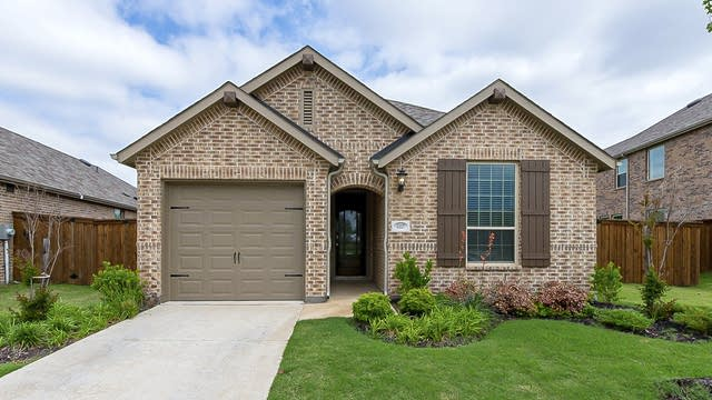 Photo 1 of 21 - 1117 Shire Dr, Providence Village, TX 76227