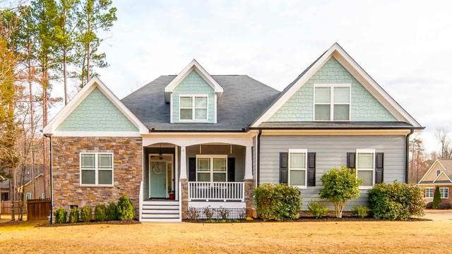 Photo 1 of 30 - 65 Oscar Wilde Way, Youngsville, NC 27596