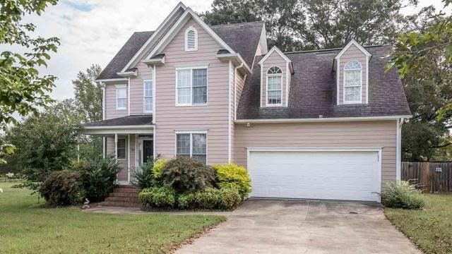 Photo 1 of 7 - 184 Woodcrest Dr, Youngsville, NC 27596