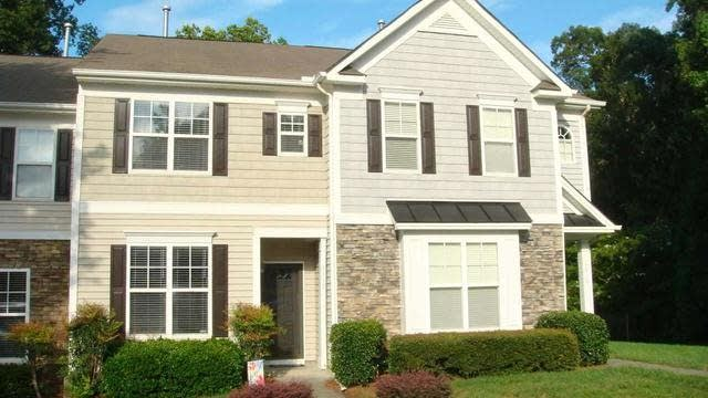 Photo 1 of 19 - 8412 Central Dr, Raleigh, NC 27613