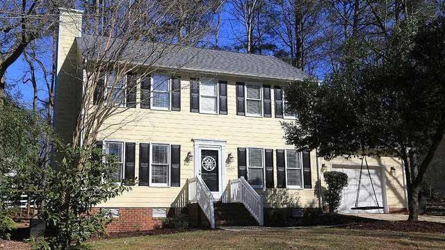 Photo 1 of 13 - 5029 Denham Ct, Raleigh, NC 27613