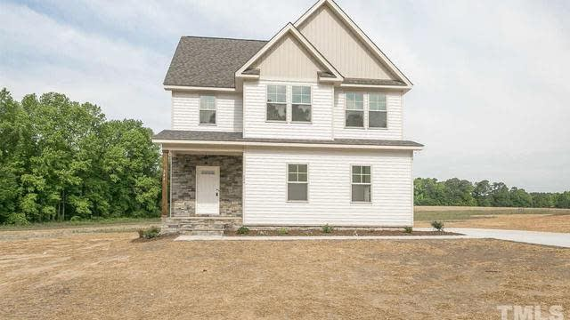 Photo 1 of 20 - 544 Robbins Rd, Youngsville, NC 27596