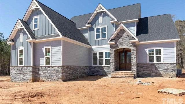 Photo 1 of 23 - 6105 Norwood Place Ct, Raleigh, NC 27613