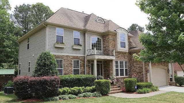 Photo 1 of 27 - 8230 Cushing St, Raleigh, NC 27613