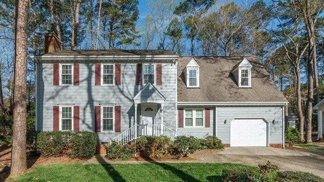 Photo 1 of 28 - 8617 Brookdale Dr, Raleigh, NC 27613