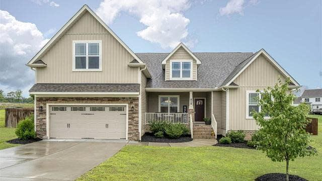 Photo 1 of 23 - 25 Red Fern Dr, Youngsville, NC 27596