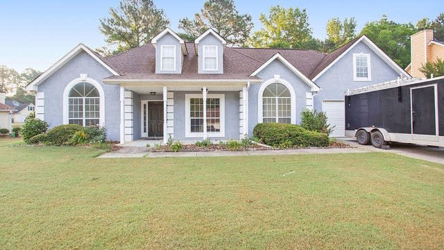 Photo 1 of 19 - 114 Parkside Dr, Stockbridge, GA 30281