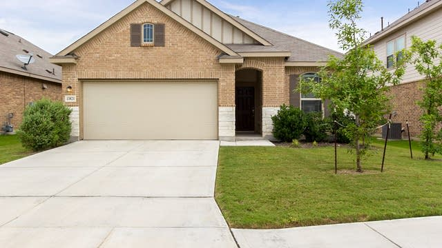 Photo 1 of 24 - 13821 Longrock, San Antonio, TX 78253