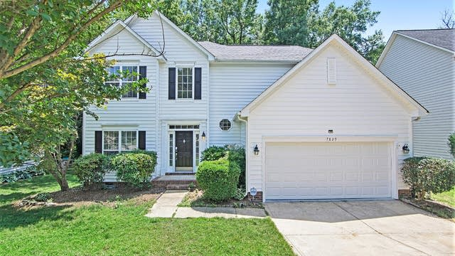 Photo 1 of 22 - 7829 Taymouth Ln, Charlotte, NC 28269