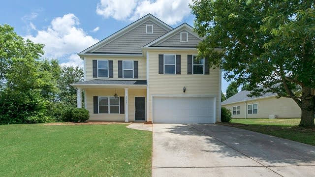 Photo 1 of 16 - 2124 Seabrook Ln, Fort Mill, SC 29715