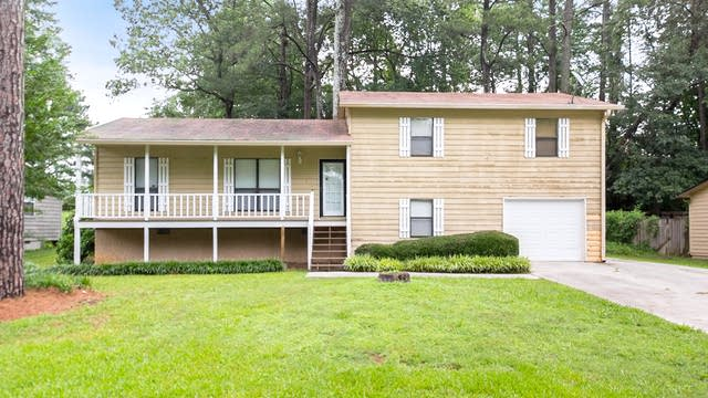 Photo 1 of 26 - 2207 Greenridge Dr SW, Marietta, GA 30008