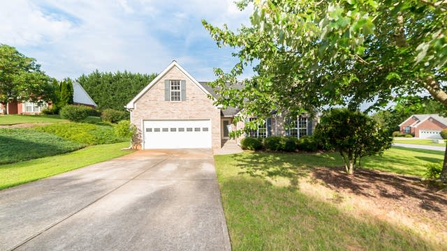 Photo 1 of 18 - 7110 Timber Forest Ct, Cumming, GA 30041