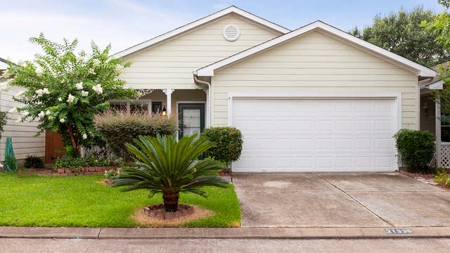 Photo 1 of 14 - 21335 Sweet Grass Ln, Tomball, TX 77375