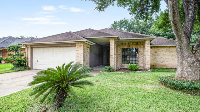 Photo 1 of 17 - 1413 Wexford Dr, Deer Park, TX 77536