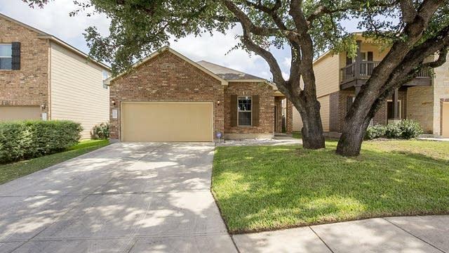 Photo 1 of 16 - 10435 Ashbury Crk, San Antonio, TX 78245