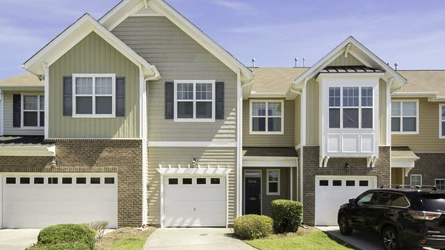 Photo 1 of 25 - 7262 Terregles Dr, Raleigh, NC 27617