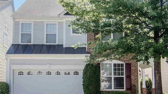 Photo 1 of 30 - 8212 Beaded Stone St, Raleigh, NC 27613